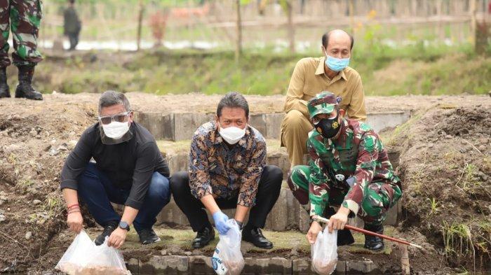 Pengembangan Perikanan Budidaya buat Jaga Kelestarian Menteri Trenggono